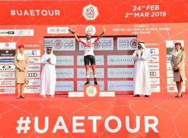 Fernando Gaviria se impuso en la segunda etapa del Tour de los Emiratos Árabes