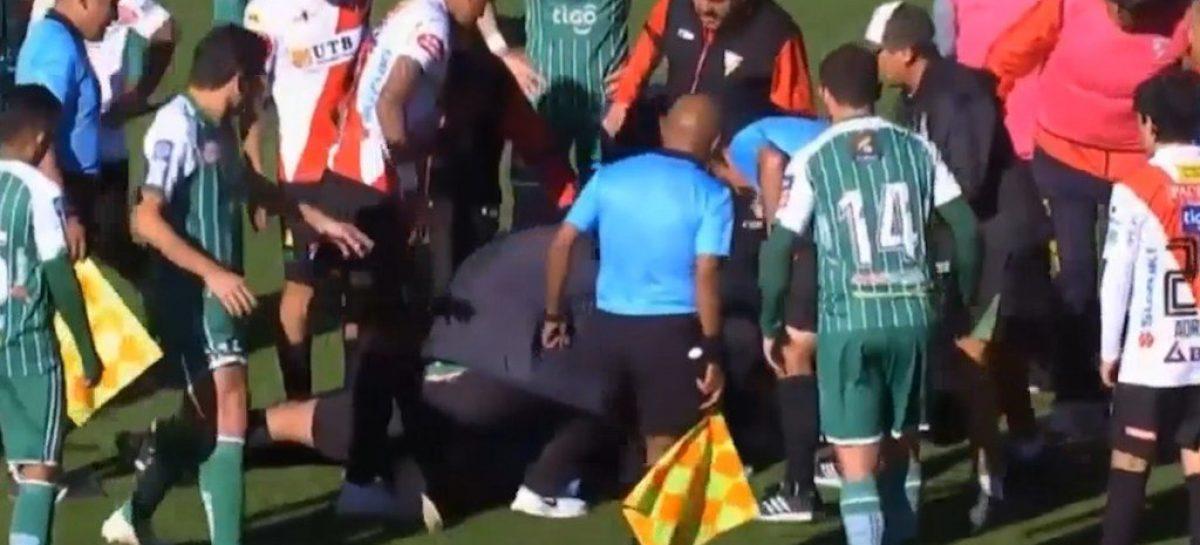 Árbitro falleció mientras dirigía un partido del fútbol boliviano