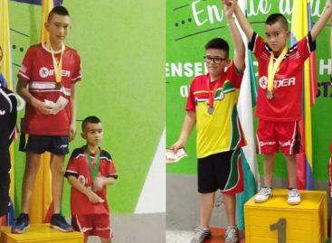 Los hermanos Otálvaro dominaron la Copa Oriente de Tenis de Mesa en La Ceja