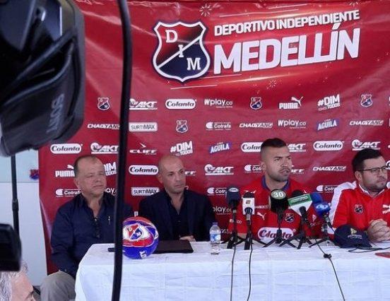 Andrés Cadavid fue presentado en Llanogrande como nuevo jugador del DIM