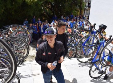 Multitudinario recibimiento a los campeones panamericanos juveniles en Granada