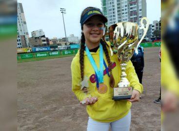 Isabela García fue convocada a la Selección Colombia Sub-17 de Sóftbol