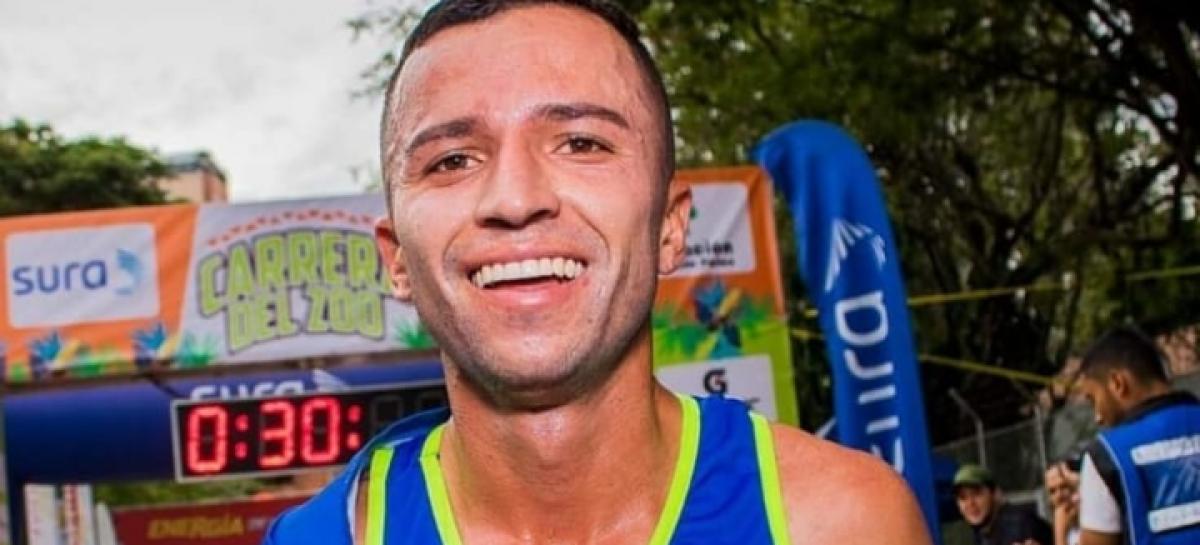 Medalla de plata para David Gómez en los 10.000 metros planos