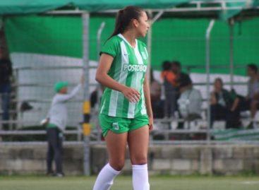 Manuela Restrepo, la rionegrera que descubrió su pasión por el fútbol en Canadá