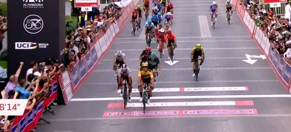Fernando Gaviria estuvo cerca de la victoria en la cuarta etapa del UAE Tour