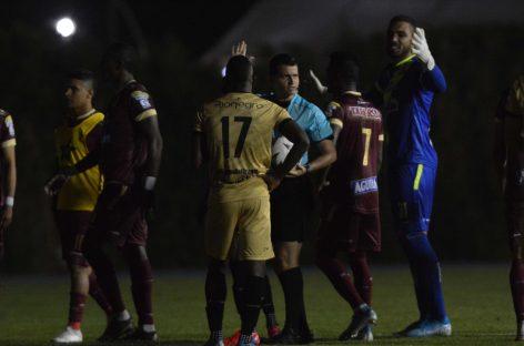 Polémica por apagón en el Estadio Alberto Grisales de Rionegro