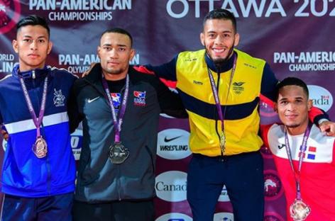 El cejeño Dicther Hans Toro se coronó Campeón Panamericano de Lucha en Canadá