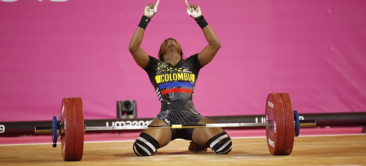 María Camila Lobón ganó medalla de plata en la Copa Mundo de Halterofilia en Uzbekistán
