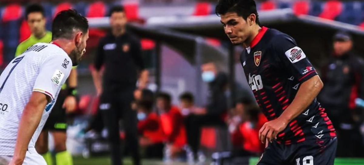Brayan Vera debutó con el Cosenza en la Serie B de Italia