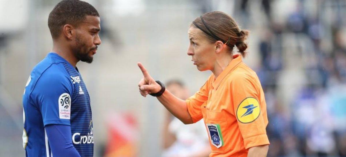 ¡Histórico! Stéphanie Frappart será la primera mujer en pitar un partido de la Champions League