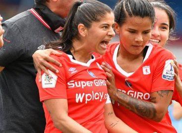 Catalina Usme marcó gol en el primer partido de la final entre América y Santa Fe