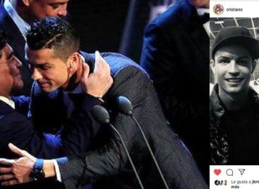 La despedida de Cristiano Ronaldo a Maradona fue la foto con más likes en Instagram en 2020