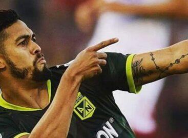 Andrés 'Rifle'Andrade, jugador de Nacional, resultó con quemaduras en su mano por manipular pólvora