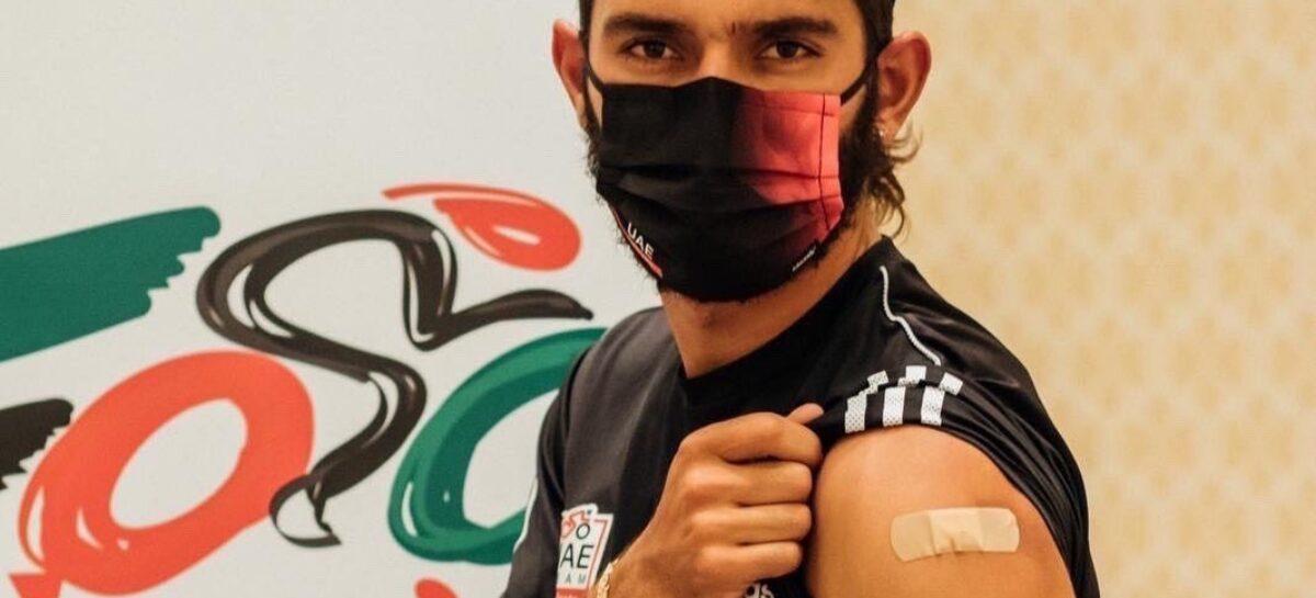 Fernando Gaviria, primer deportista colombiano en ser vacunado contra el COVID-19