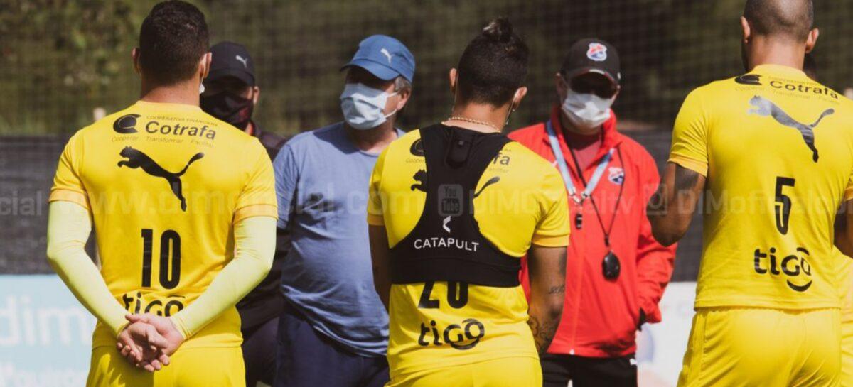 'Bolillo' Gómez superó el COVID-19 y estuvo presente en el entrenamiento del DIM