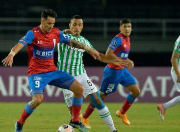 Atlético Nacional derrotó en Pereira a la Universidad Católica de Chile