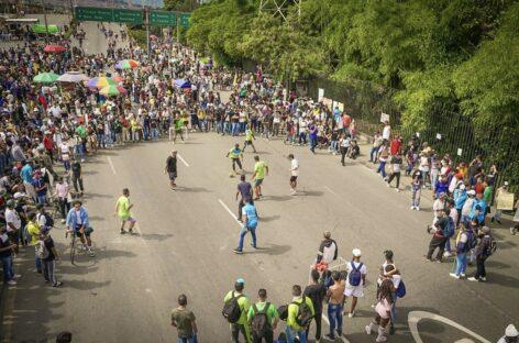 Inder Medellín vs Manifestantes: ejemplo de convivencia en medio de las protestas