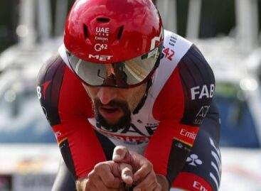 Quinto lugar para Fernando Gaviria en la etapa 5 del Giro de Italia