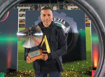 Iván Ramiro Córdoba ascendió a Venezia F.C. a la Serie A de Italia