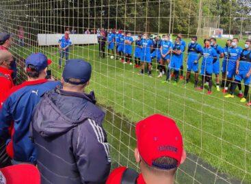 Barras del DIM protestaron en la sede deportiva del club en Llanogrande