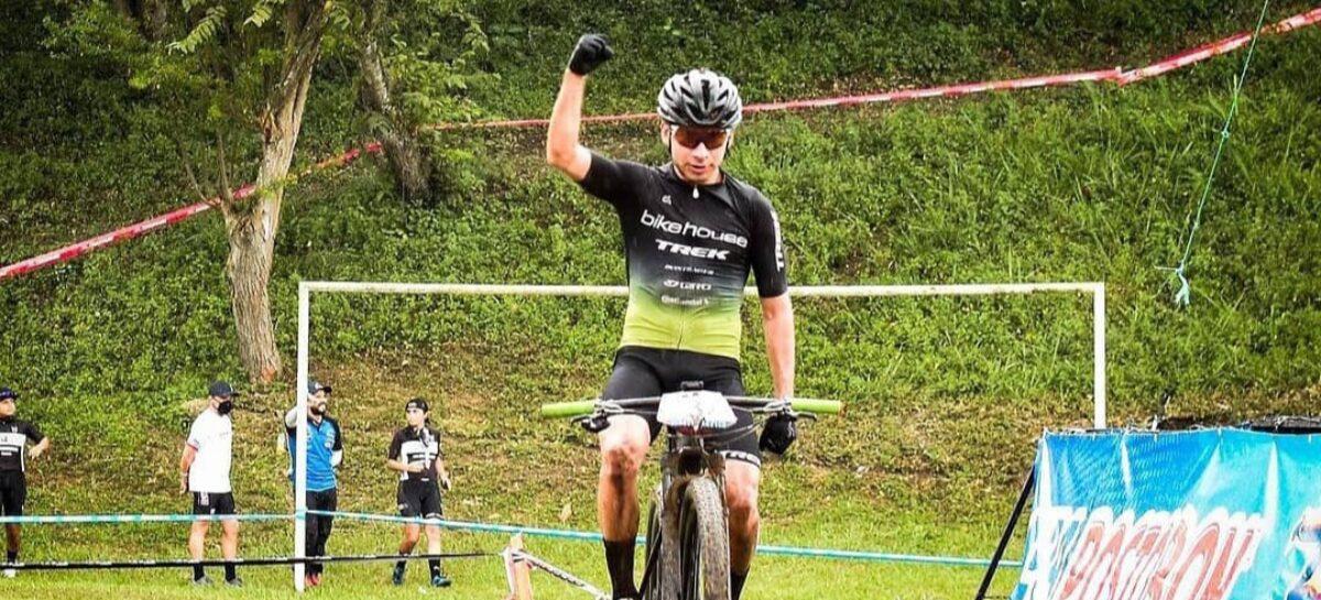 Jhonatan Botero, de El Retiro, campeón de la ll válida de la Copa Nacional de MTB