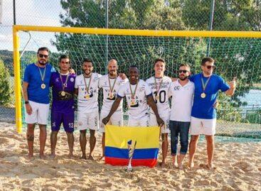 Primer título para cinco colombianos en el fútbol playa de Portugal