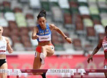 Melissa González clasificó a la semifinal de los 400 metros con vallas
