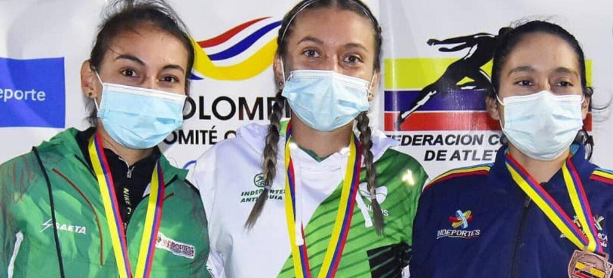 Estefanía Aristizábal, de La Ceja, ganó oro y bronce en el Nacional Sub-23 de Atletismo