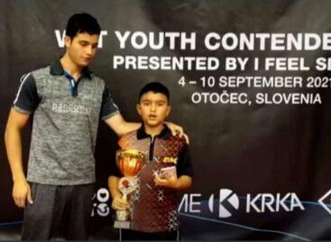 Emanuel Otálvaro se consagró campeón mundial de Tenis de Mesa en Eslovenia