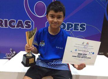 El rionegrero Emanuel Otálvaro ganó un nuevo título panamericano de tenis de mesa en Ecuador